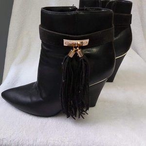 Gorgeous Black and Gold Booties with Tassels